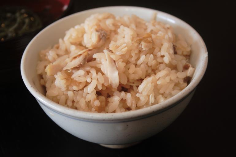 アジの炊き込みご飯の作り方